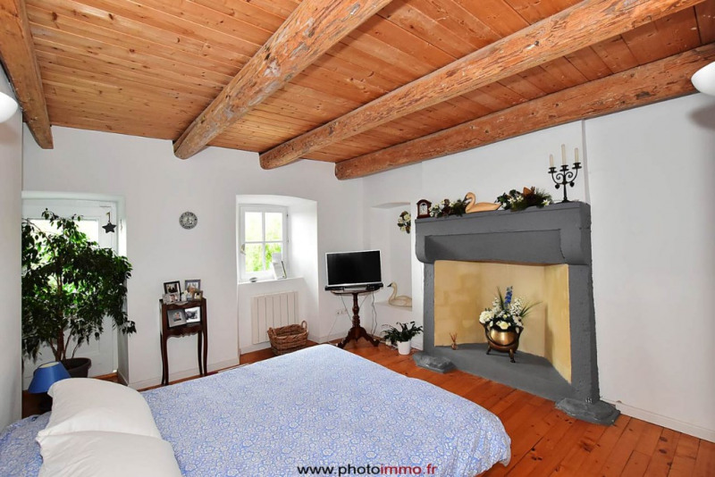 Sale house / villa St saturnin 174 400€ - Picture 4