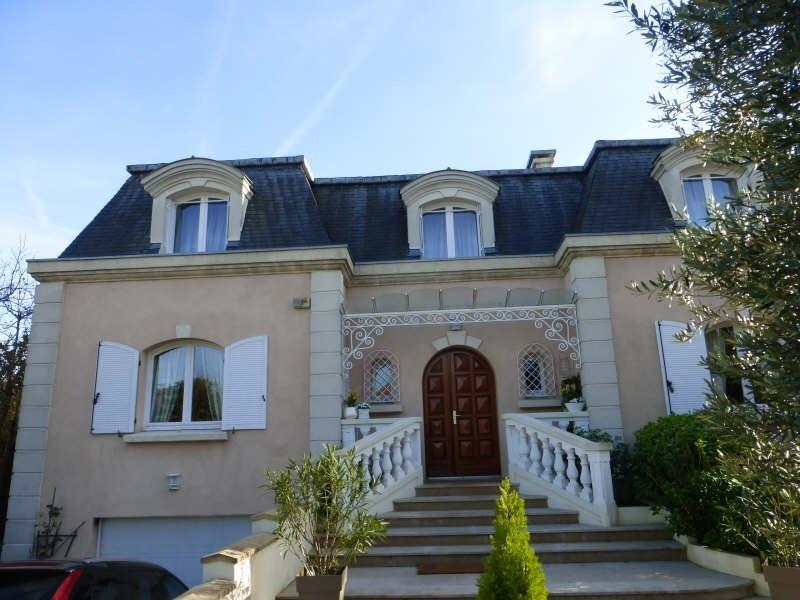 Sale house / villa Groslay 685000€ - Picture 1