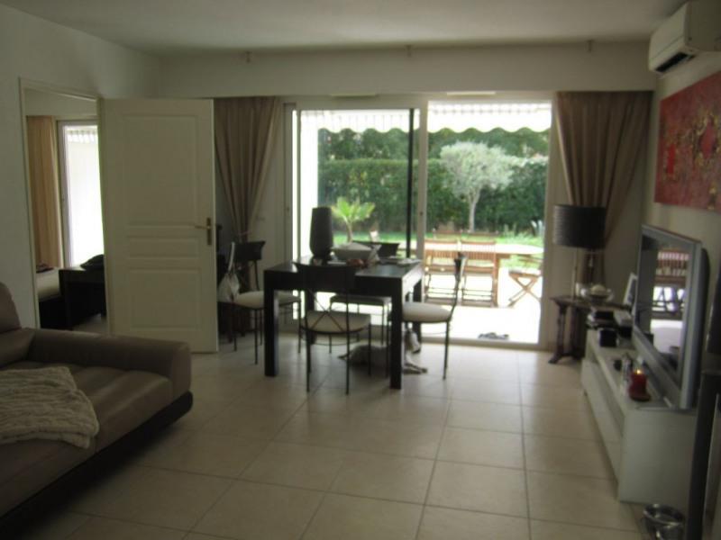 Location appartement Saint laurent du var 1090€ CC - Photo 3