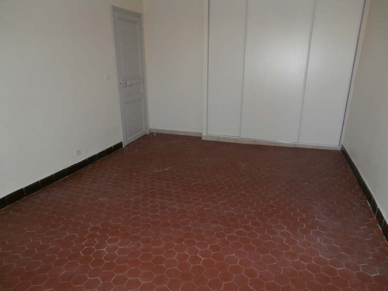 Location appartement Salon de provence 850€ CC - Photo 7
