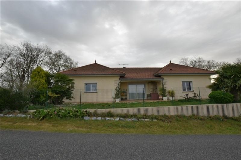 Sale house / villa Malaussane 172000€ - Picture 1
