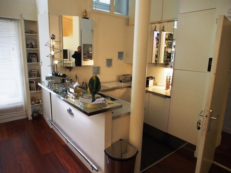 Deluxe sale apartment Paris 10ème 1850000€ - Picture 4