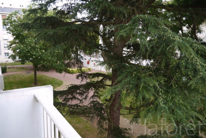 Sale apartment Cholet 65 000€ - Picture 1