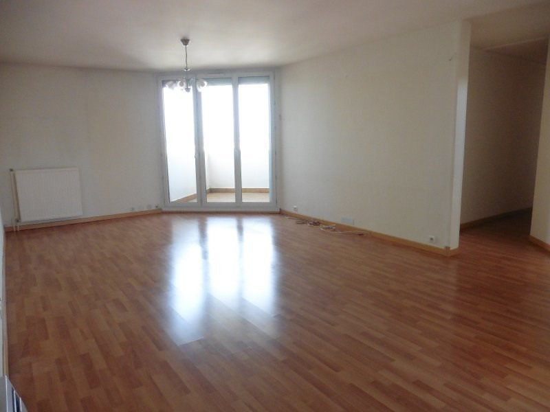 Sale apartment Poissy 330 000€ - Picture 1