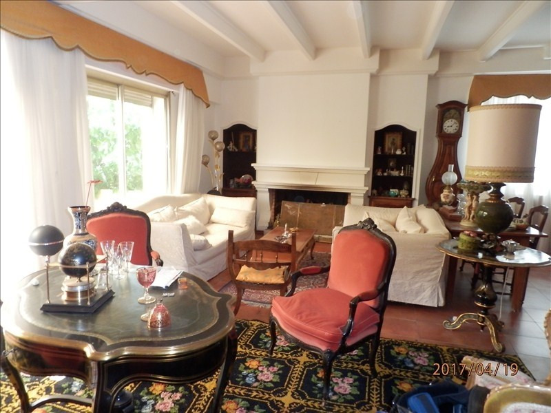 Deluxe sale house / villa Toulon 555 000€ - Picture 1