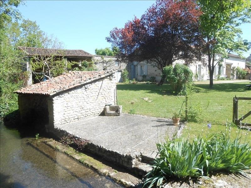 Sale house / villa Aulnay 247925€ - Picture 2