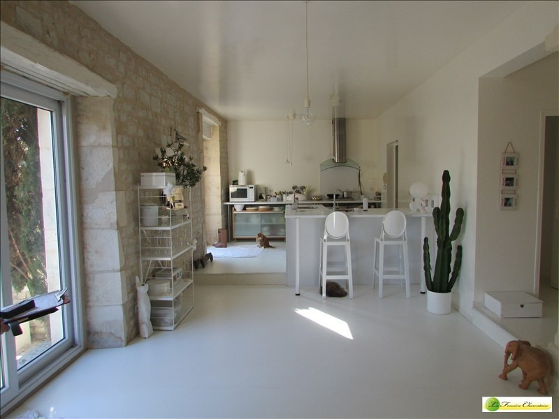 Deluxe sale house / villa Angouleme 430000€ - Picture 5
