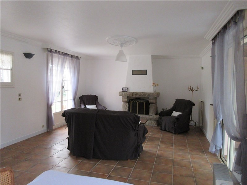 Sale house / villa Pont croix 192770€ - Picture 2