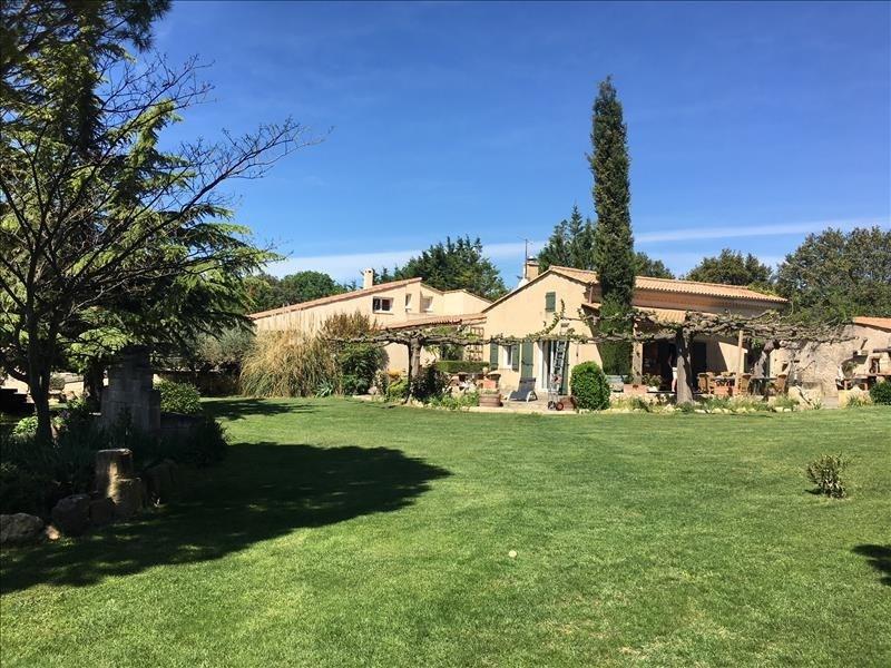 Deluxe sale house / villa Lambesc 985000€ - Picture 2