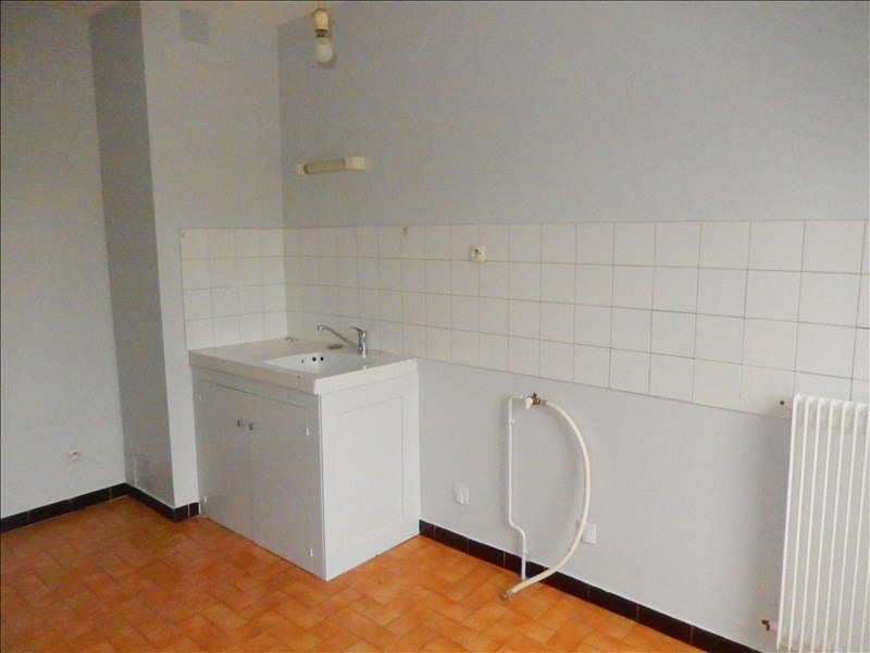 Location appartement Le puy en velay 384,75€ CC - Photo 2
