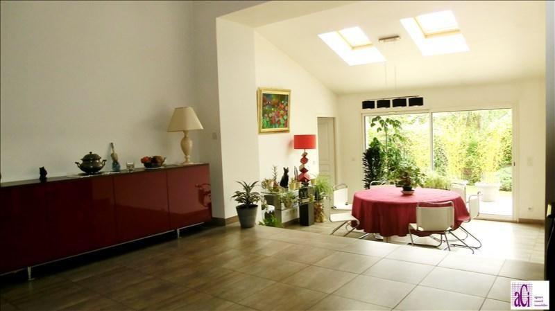 Sale house / villa L hay les roses 955000€ - Picture 3
