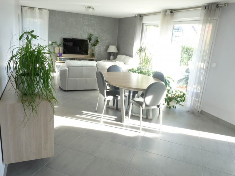 Sale apartment Pers-jussy 340 000€ - Picture 1