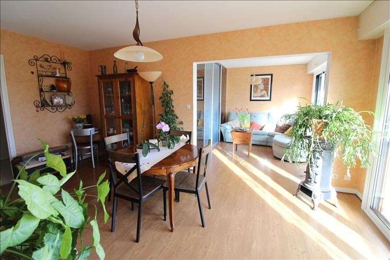 Sale apartment Voiron 155000€ - Picture 1