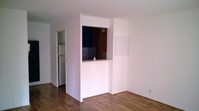Sale apartment Villeneuve-la-garenne 180 000€ - Picture 2