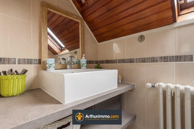Sale house / villa Belley 226000€ - Picture 5