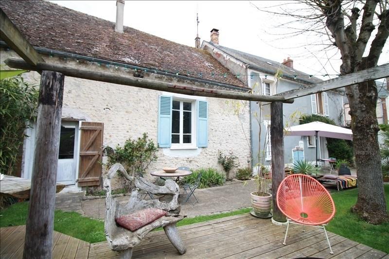 Sale house / villa Sainville 274000€ - Picture 1