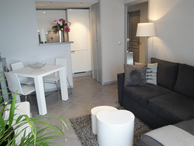 Location vacances appartement Antibes 680€ - Photo 1