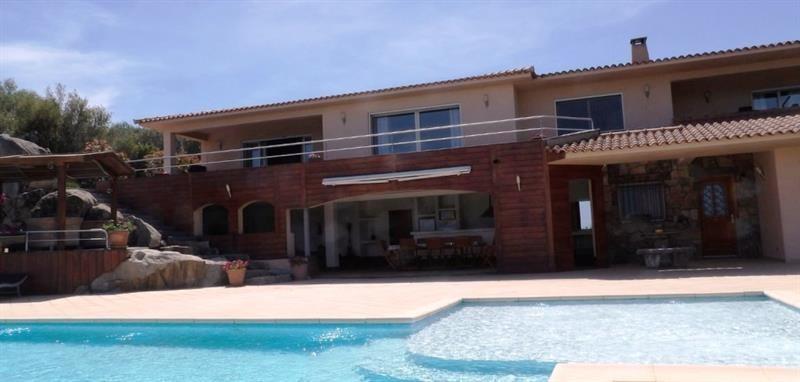 Deluxe sale house / villa Sainte lucie de porto vecchi 1750000€ - Picture 2