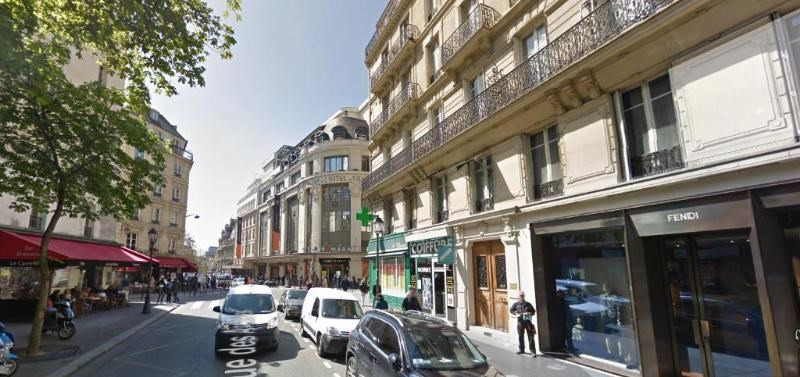 Location boutique Paris 4ème 1 300€ CC - Photo 1