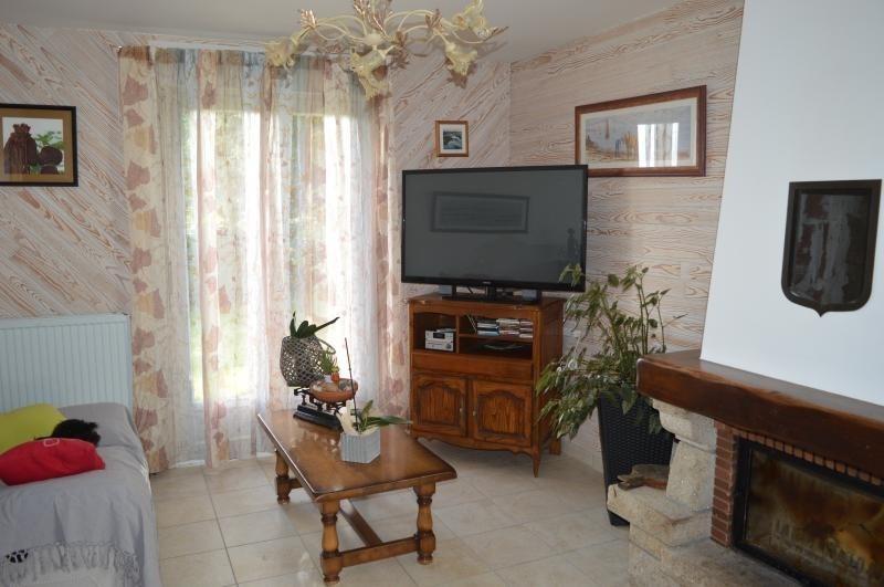 Vente maison / villa Ploudiry 136500€ - Photo 2