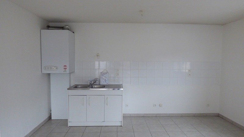 Rental apartment Cluses 749€ CC - Picture 8