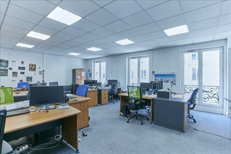 Rental office Paris 8ème 6750€ +CH/ HT - Picture 6