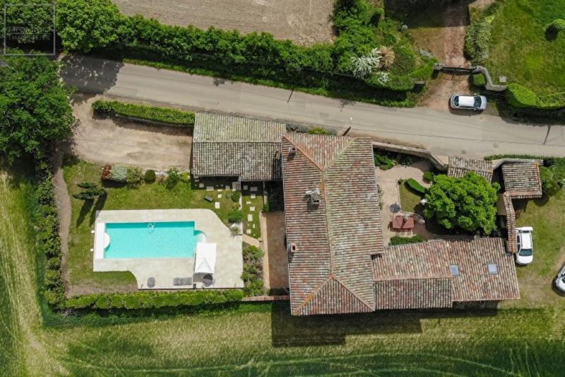 Deluxe sale house / villa Lissieu 850000€ - Picture 4