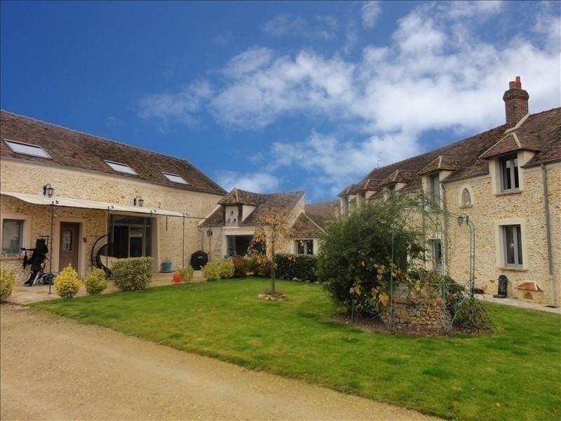 Deluxe sale house / villa Montfort l amaury 930000€ - Picture 1