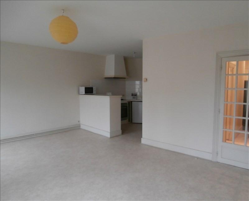 Location appartement Mazamet 440€ CC - Photo 1