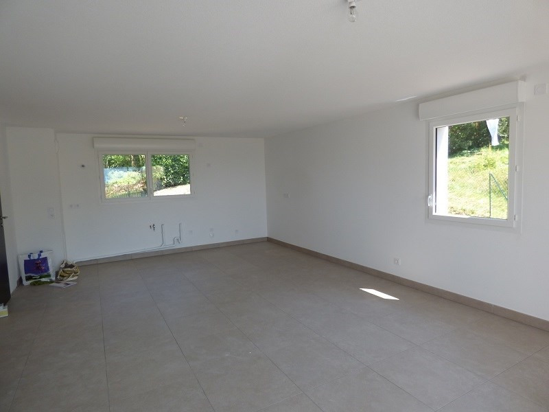 Rental apartment Mouxy 843€ CC - Picture 2
