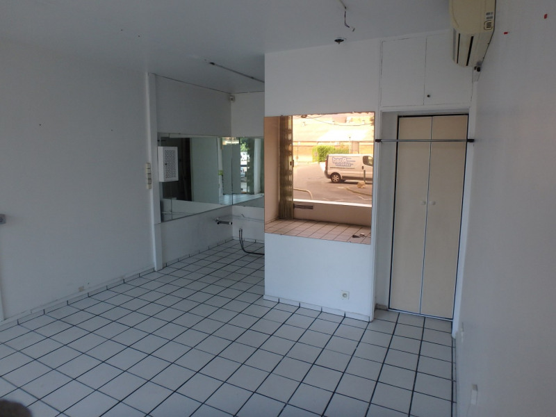 Location local commercial Toulouse 340€ HC - Photo 2