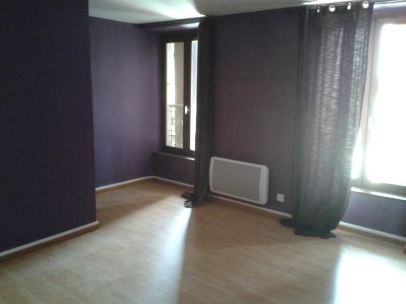 Location appartement Moirans 633€ CC - Photo 3