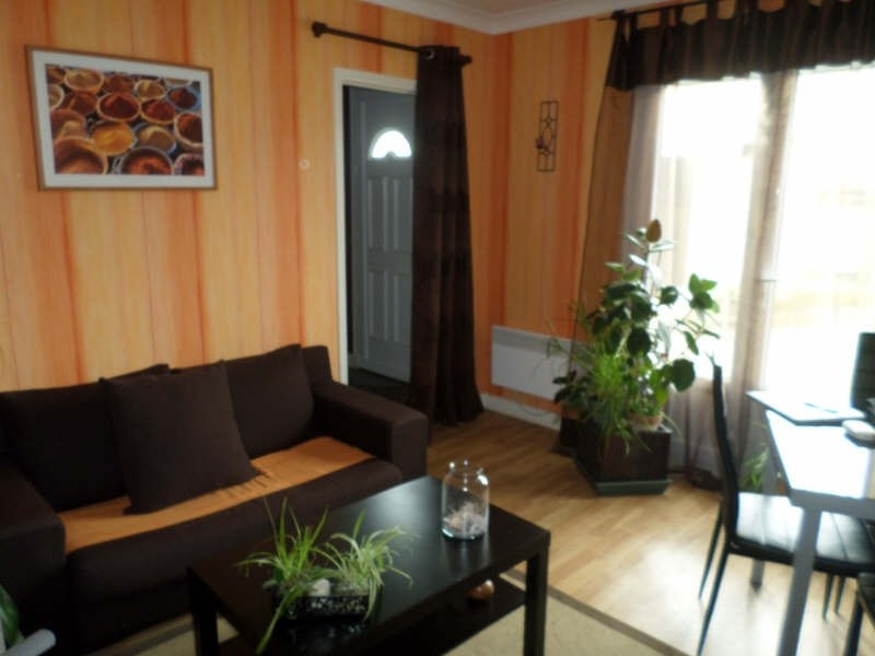 Location maison / villa Valdivienne 480€ CC - Photo 3