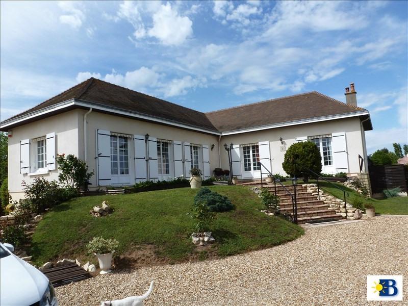 Vente maison / villa Chatellerault 242740€ - Photo 1