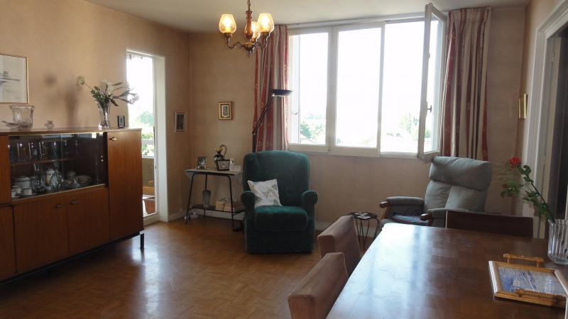 Sale apartment Caluire-et-cuire 168000€ - Picture 2