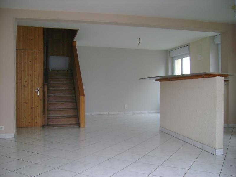 Sale house / villa La chapelle du genet 93440€ - Picture 2