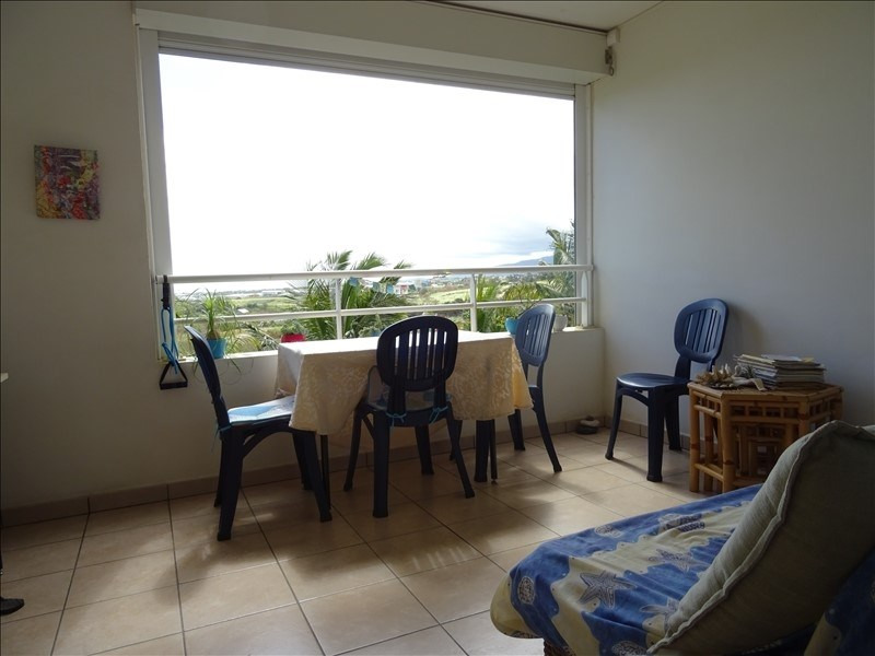 Investment property apartment St pierre 108 000€ - Picture 1