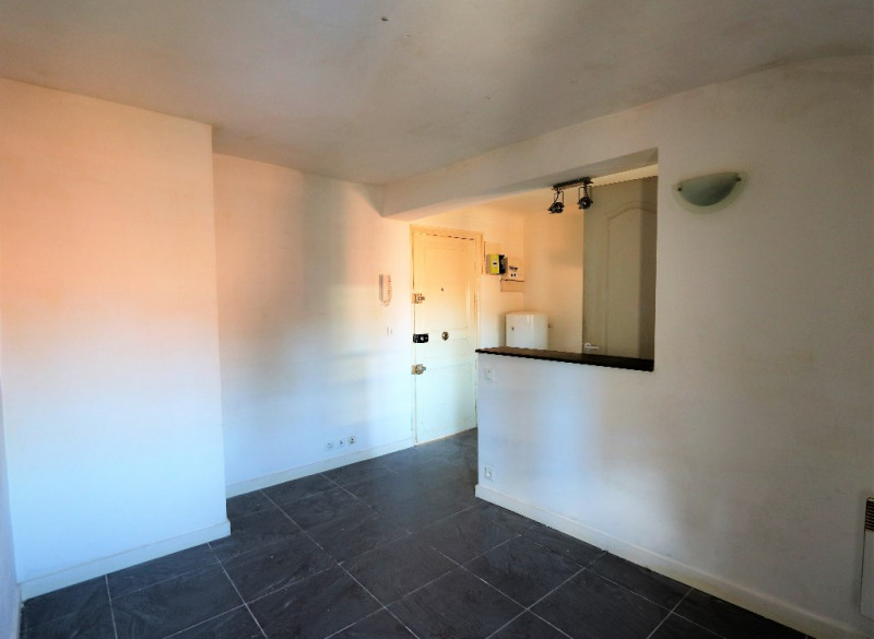 Sale apartment Nice 66000€ - Picture 2