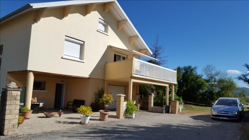 Sale house / villa Oyonnax 249500€ - Picture 1