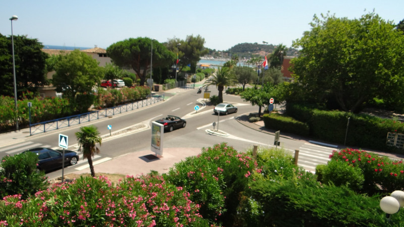 Vacation rental apartment Cavalaire 520€ - Picture 2