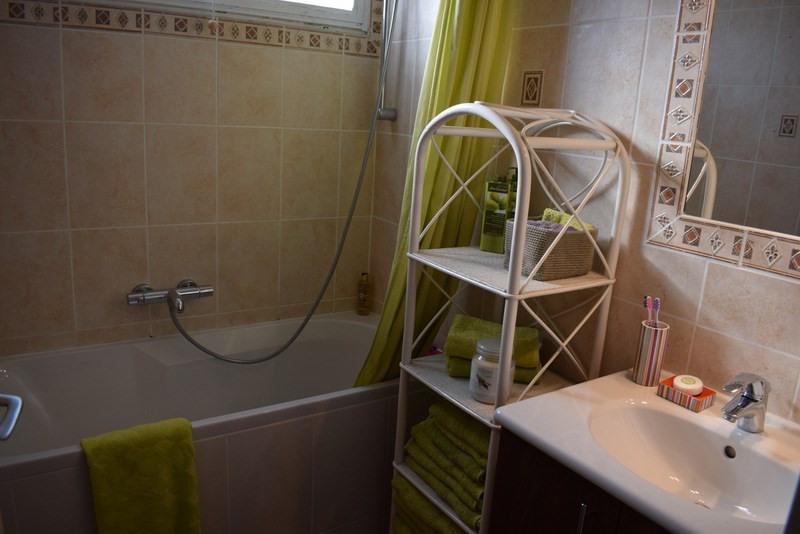 Revenda casa Bagnols-en-forêt 377000€ - Fotografia 20