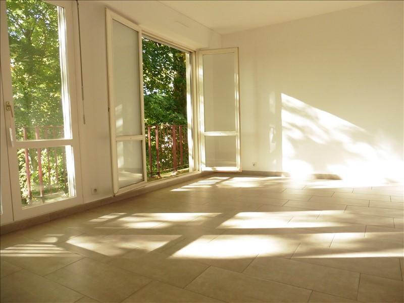 Sale apartment Fontainebleau 237000€ - Picture 2