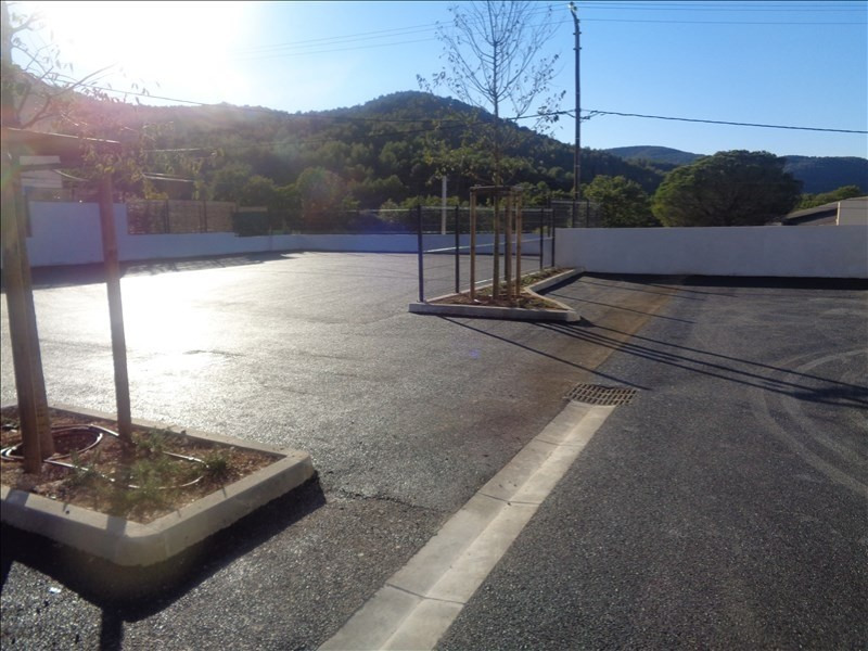 Location local commercial Hyeres 2304€ +CH/ HT - Photo 3
