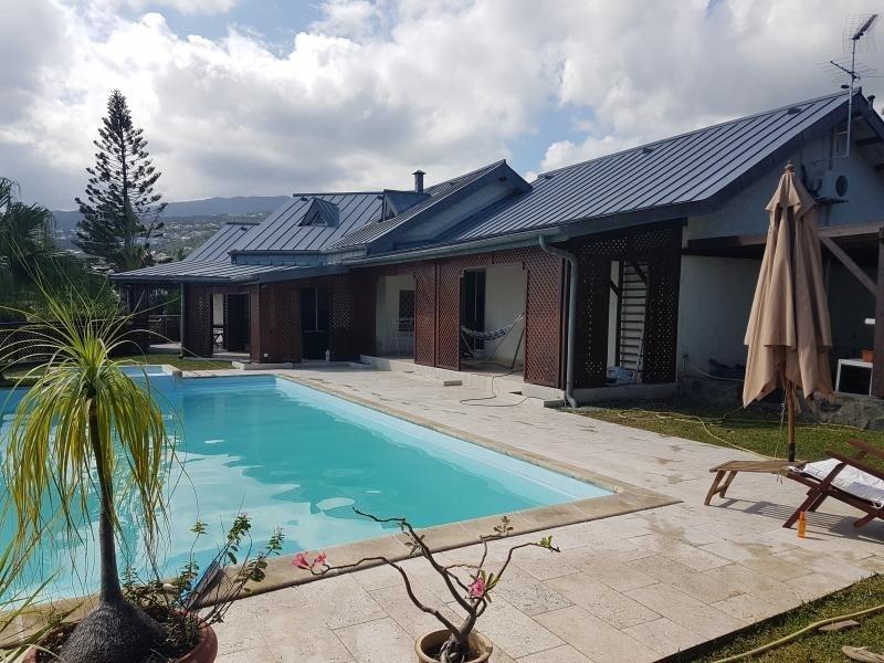 Deluxe sale house / villa La possession 785000€ - Picture 3