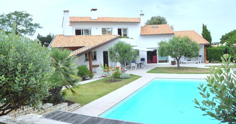 Vente de prestige maison / villa Saint georges de didonne 1300000€ - Photo 1
