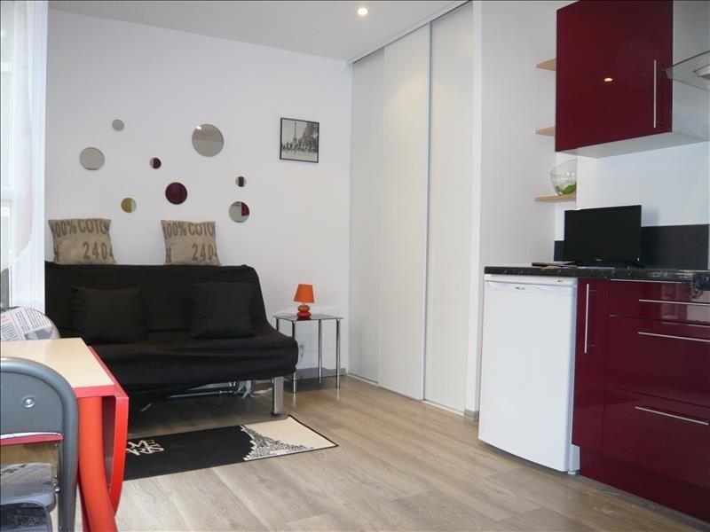 Sale apartment Paris 7ème 242000€ - Picture 2