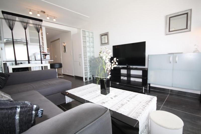 Vacation rental apartment Juan-les-pins  - Picture 8
