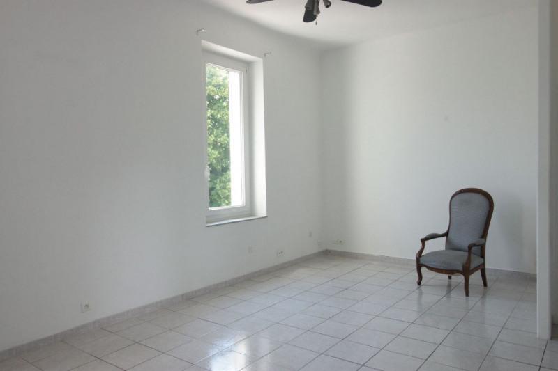 Sale apartment Marseille 136000€ - Picture 2