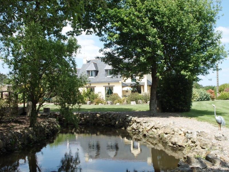 Sale house / villa Plouhinec 519400€ - Picture 1