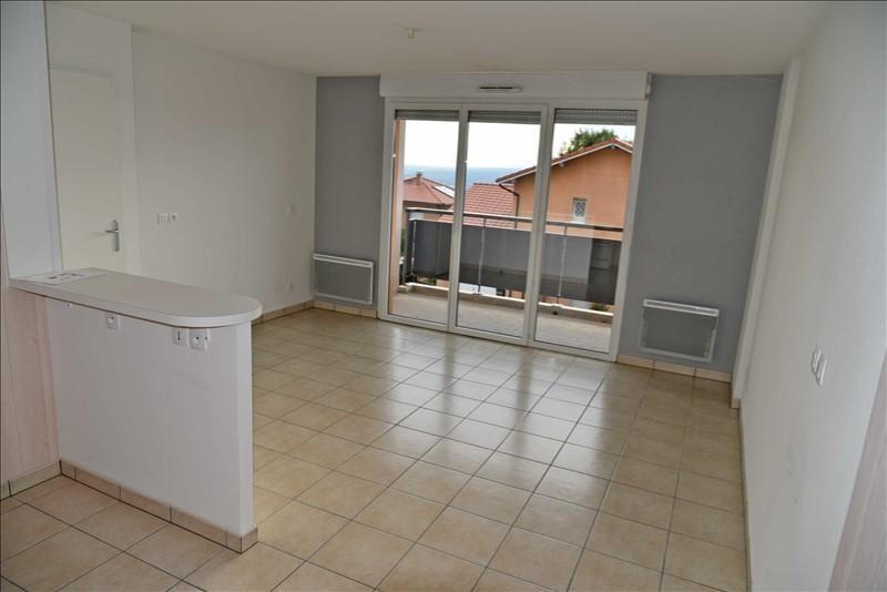 Rental apartment Collonges 783€ CC - Picture 3